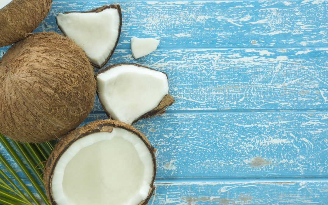 Make Your Own Cultured Coconut Yogurt (It's easy!)