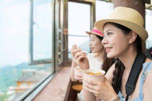 tourists eating | ActivatedYou